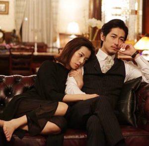 ドラマ内では桜井ユキさんがディーンフジオカさんにべたつくシーンもあったり・・・。